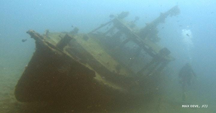 バリ島パダンバイでファンダイビング,小さな沈船