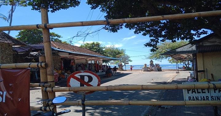 サヌールビーチ、コロナで閉鎖中