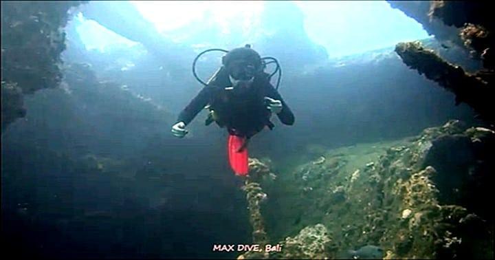 バリ島トランベン,沈船リバティーレックでダイビング