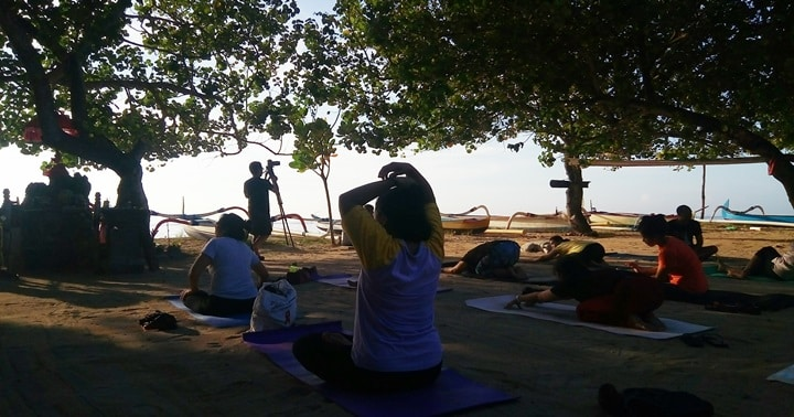 sanur free yoga lesson